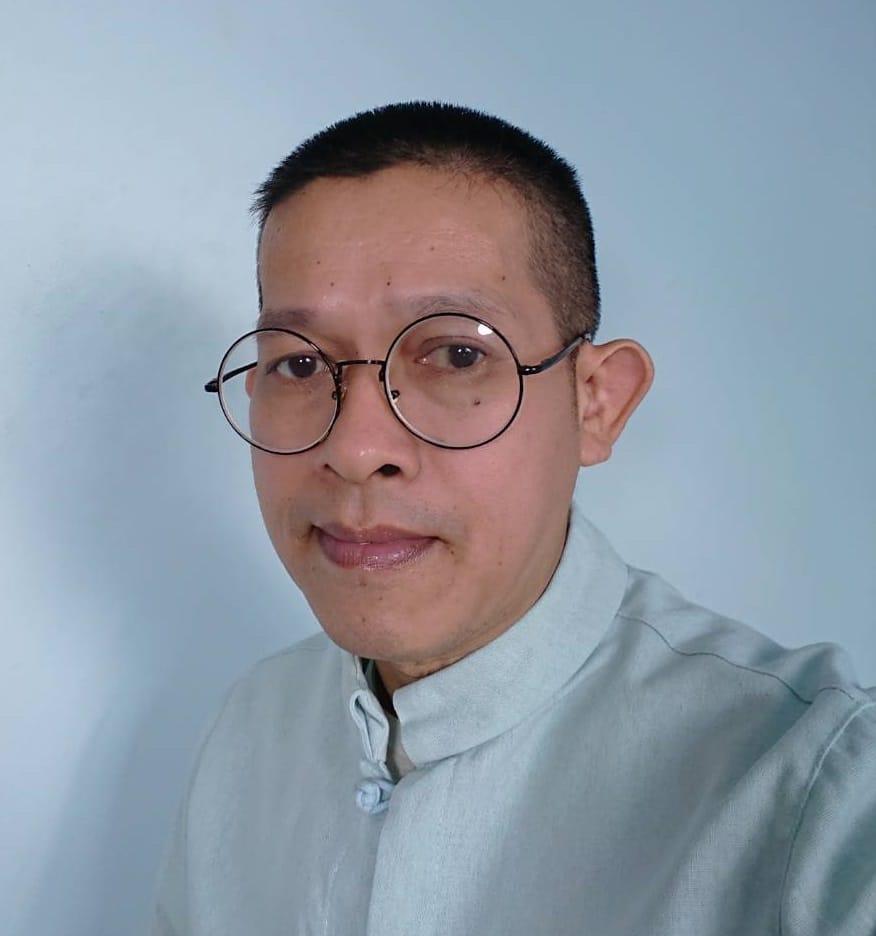 Phong Xodiax (พงษ์ โซดิแอกซ์)