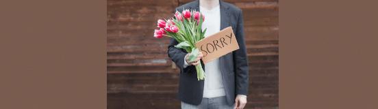 [ทำนายฝัน-ตัวเลข] ฝันว่าคุณกำลังขอโทษใครบางคน