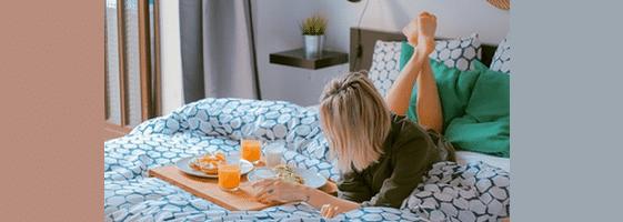 [ทำนายฝัน-ตัวเลข] ฝันว่าคุณอยู่ในที่พักพร้อมอาหารเช้า