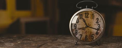 [ทำนายฝัน-ตัวเลข] ฝันว่าได้ยินเสียงนาฬิกาปลุก , ฝันเห็นนาฬิกาปลุก